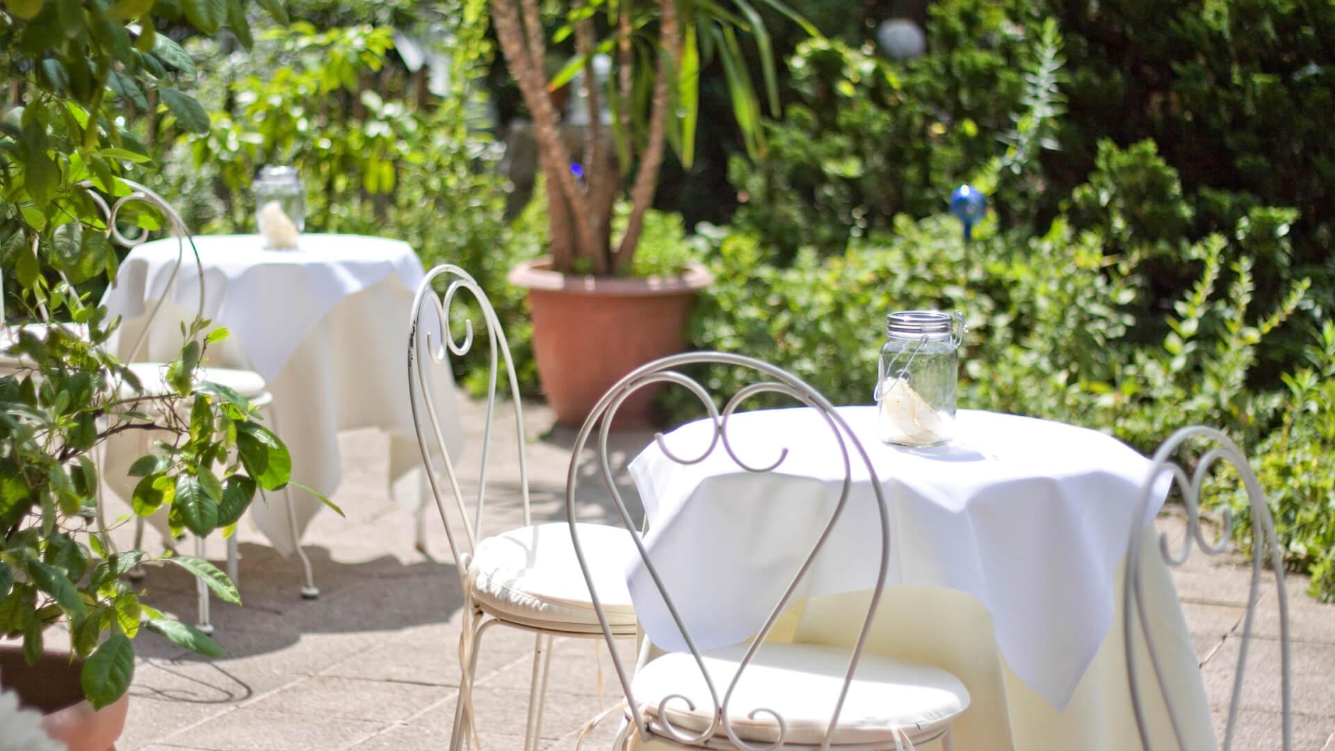 Biohotel Bavaria Garmisch-Partenkirchen – Hotel mit Garten