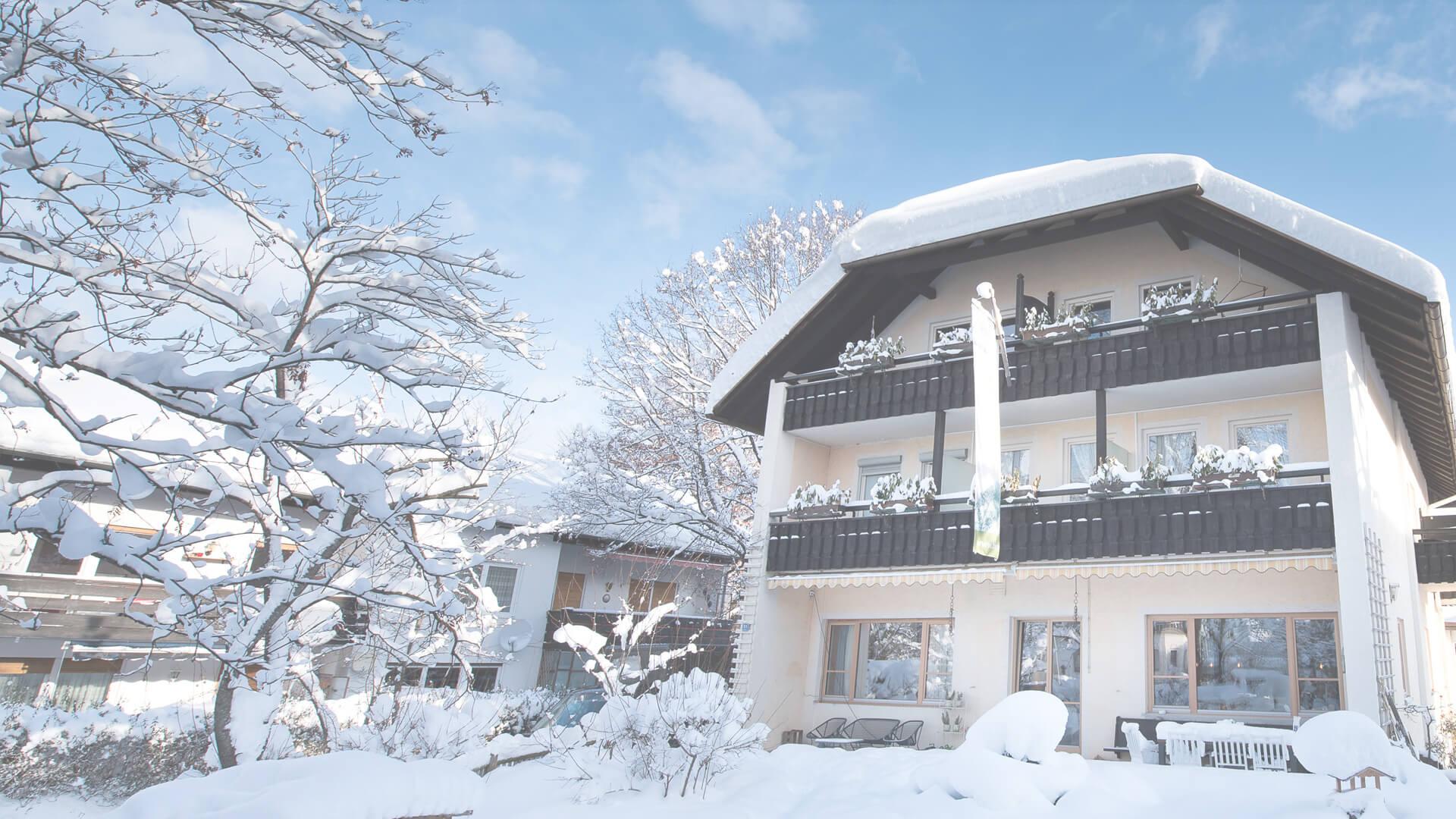 Biohotel Bavaria Garmisch-Partenkirchen – Haus im Winter